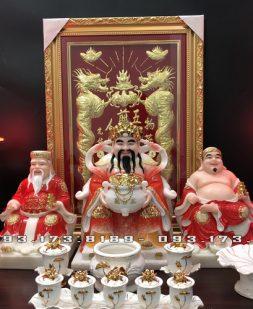 bộ 3 ông bàn thờ thần tài bằng đá đỏ đẹp nhất