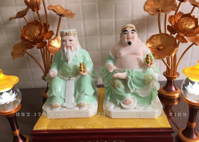 Tượng Ông Địa Thần Tài bằng đá thạch ngọc xanh viền vàng TD - 006